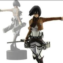 Action figure Mikasa Ackerman
