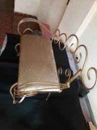 Sofazinho de ferro infantil 41 cm de largura