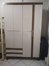 Guarda roupa 4 portas, 2 gavetas