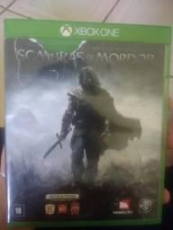 Jogo Xbox One Sombras de Mordor usado