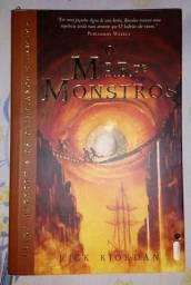 Livro: O Mar de Monstros