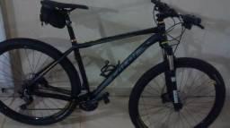 Bicicleta Caloi Blackburn - Aro 29 - Freio Hidráulico - Câmbio Shimano?