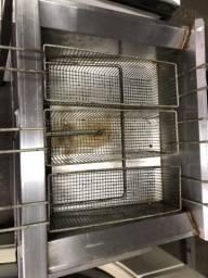 Fritadeira elétrica usada água e óleo