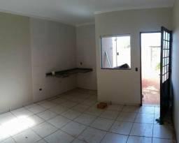 Terreno de esquina com Barracão + Casa Nova