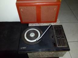 Toca discos antigo de maletas