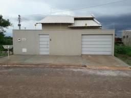 Alugo casa no residencial fonte das aguas em Goiânia