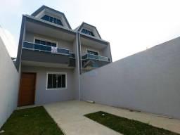 Sobrado à venda no bairro Sítio Cercado, com 3 quartos e aproximadamente 108 m², próximo a