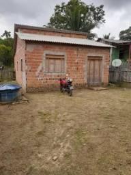 Vende- se uma casa No valor de 30 Mil reais