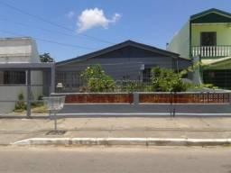 Casa à venda com 3 dormitórios em , cod:C3401