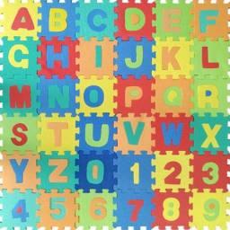 Tapete de Eva Números Letras 36 Peças Crianças Brinquedo
