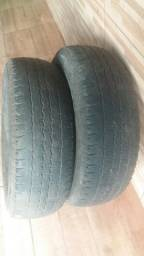 Torro 2  pneus Bridgestone usado.60 reais cada um