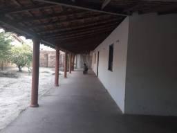 Casa com Amplo terreno (15x37) no Bairro Piauí - Parnaíba