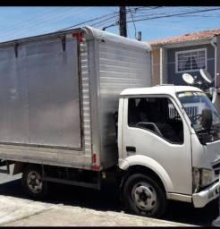 Troco caminhão Effa JBC por utilitário