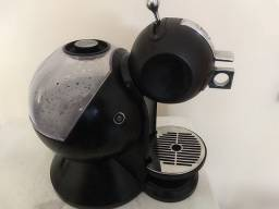 Cafeteira capsula Nescafe Dolce Gusto Arno