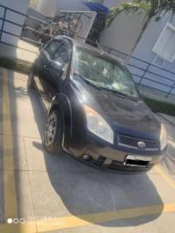 Vendo Ford Fiesta sedan 2009 classic
