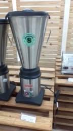 Liquidificador industrial de 8 litros em inox
