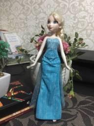 Princesa Elsa e Cinderela