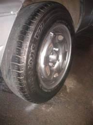 Rodas 14 com pneus bons