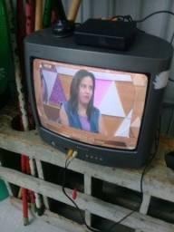 Vendo tv Philips  de 14 polegadas  s/ conversor  120 reais