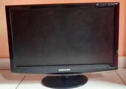 Tv monitor com defeito