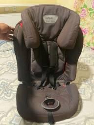 Cadeira múltipla para criança
