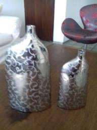 Título do anúncio: Garrafas  de cerâmica decoradas