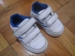 Tênis Adidas original infantil 19
