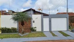 Vende-se casa - VALOR A COMBINAR COM O PROPRIETÁRIO