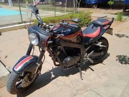 Moto GT 250