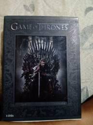 DVD Box da primeira temporada de Game Off Thrones