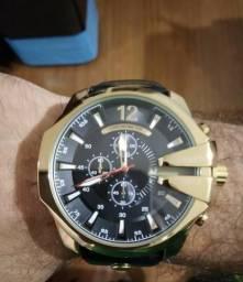7e30a18a7e7 Relógio De Pulso Curren Dourado Pulseira De Couro - A Prova d Agua