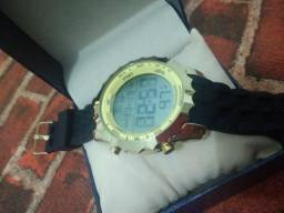 Relógio digital 18K a prova d'água