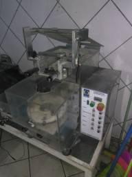 Máquina de salgado