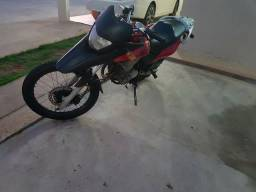 Xre 300 atrasada - 2010