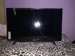 Vendo tv com defeito por 150 reais