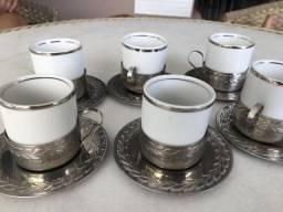 Conjunto cafezinho porcelana e inox