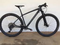 Epic Ht PRO Carbon 300 km 2017