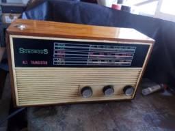 Lindo radio sonorous excelente estado funcionando