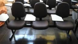 Poltronas cadeiras em longarina