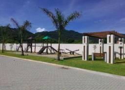 Terreno em condomínio fechado 161 m2. Localizado na cidade Deltaville - Biguaçu