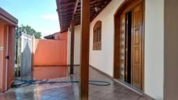 Casa em Olaria com 2 quartos, sala, cozinha, banheiro, quintal totalmente independente