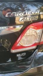 Vendo Corolla altis 2014 - 2013