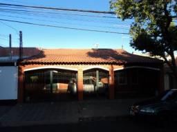 Vl Seabra - 3 quartos sendo 1 suite, churrasqueira, otima localização