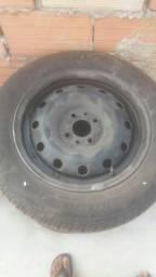 Vendo rodas aro 14 Fiat com pneus