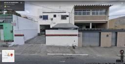 2 Galpões saída para 2 ruas com 1.000m² na Estrada dos Expedicionário Centro de Nilópolis