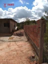 Lote de 675m² com casa no bairro Redentor-Esmeraldas-Cód1384