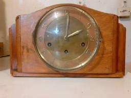 Relógio de mesa Carrilhão Marca Reguladora década de 50