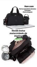 Bolsa maternidade KIPLING modelo Camama cor preta