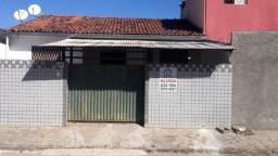 Casa de 2 quartos, no Cristo, próxima ao campo do Botafogo