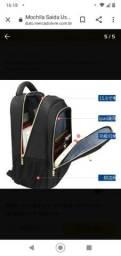 Super mochila com saída para USB e fone